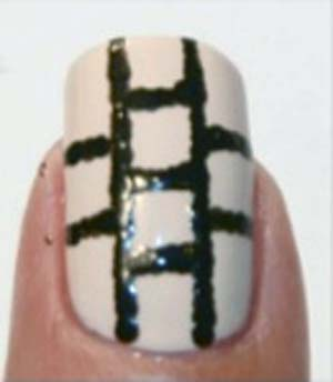 beżowy manicure 5