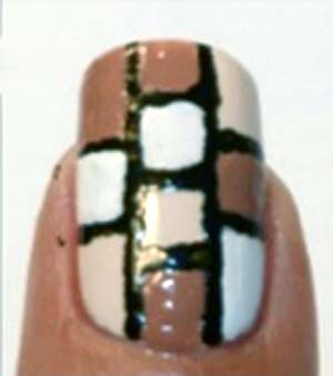 beżowy manicure 7