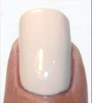 beżowy manicure 4