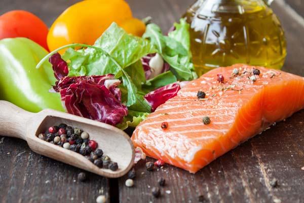 Co jeść, a czego unikać, by nie dostać wrzodów żołądka