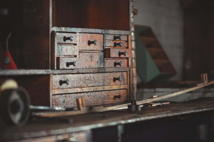 komody industrialne do loftu