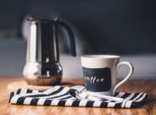 Zalety i wady kawy parzonej w kawiarce